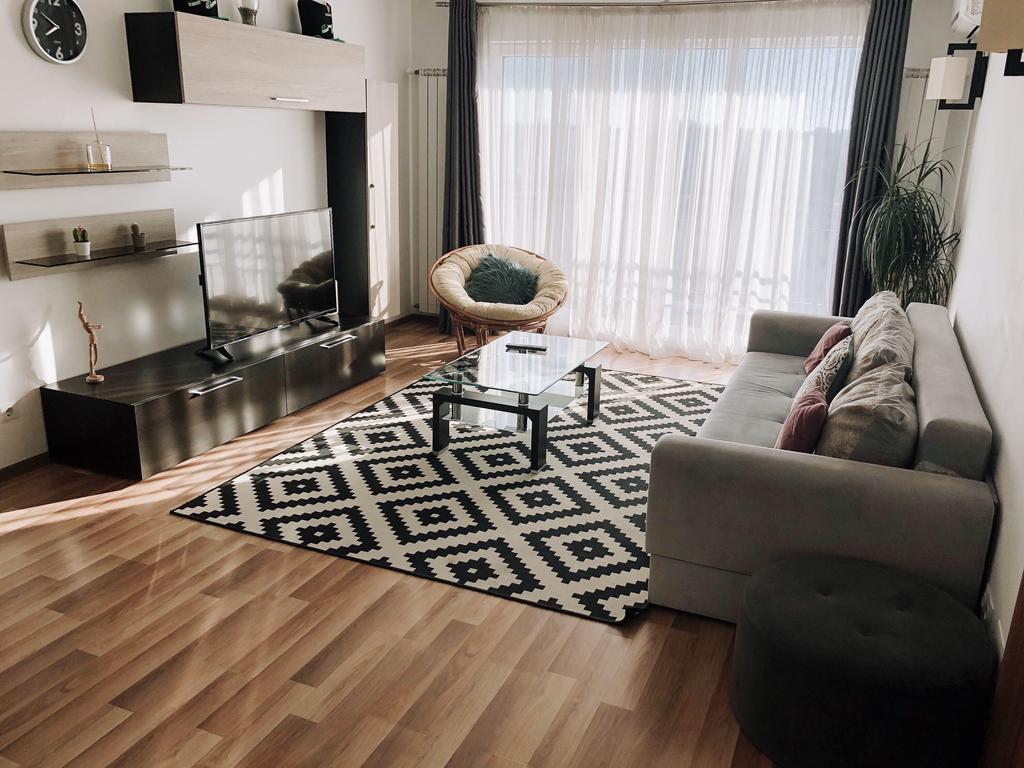 Aesthetic Apartment București