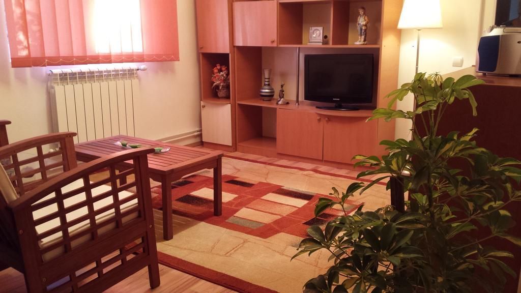 Apartment Jardin București