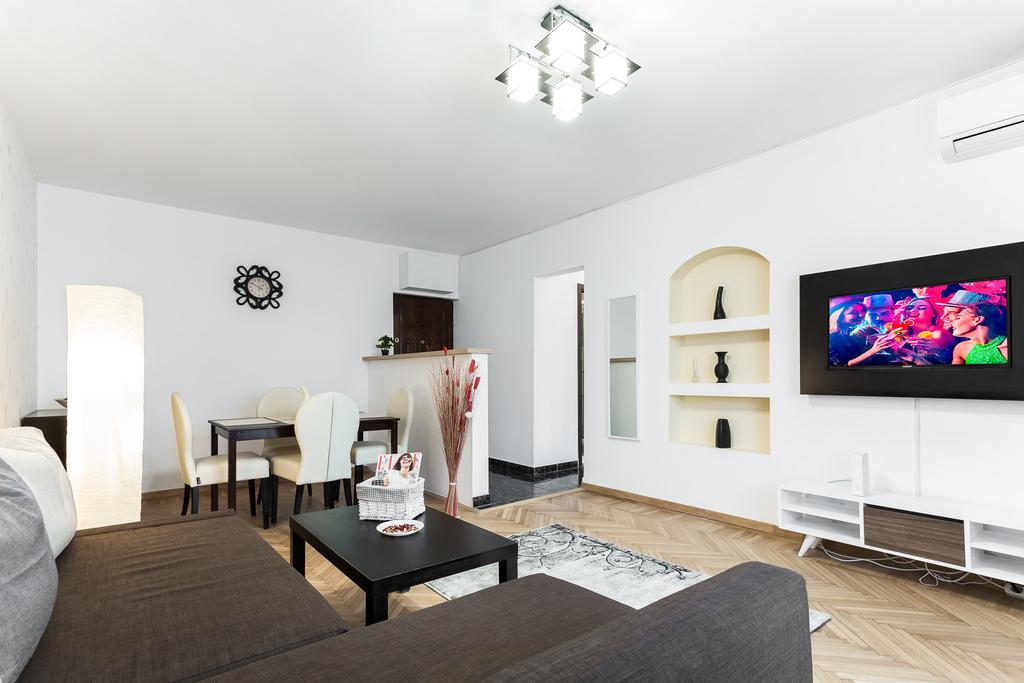 City Centre Fancy Apartment București