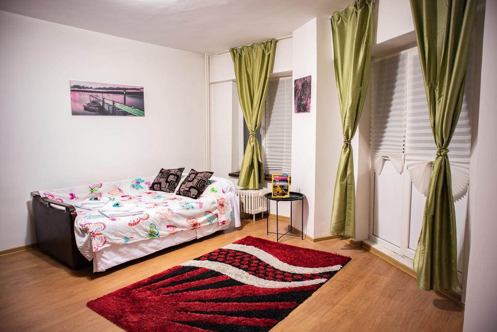 George's Apartment București