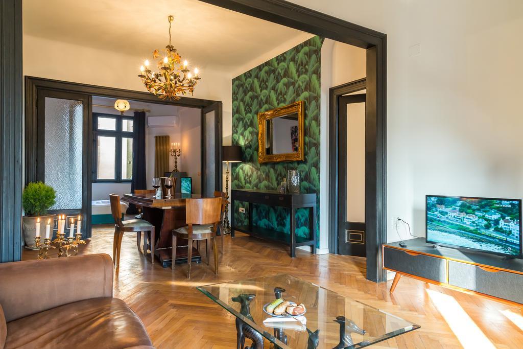 Huge Luxury Flat in the heart of Bucharest București