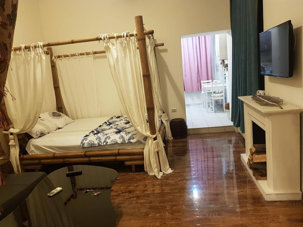 Le Chateau - Old Town Suite București
