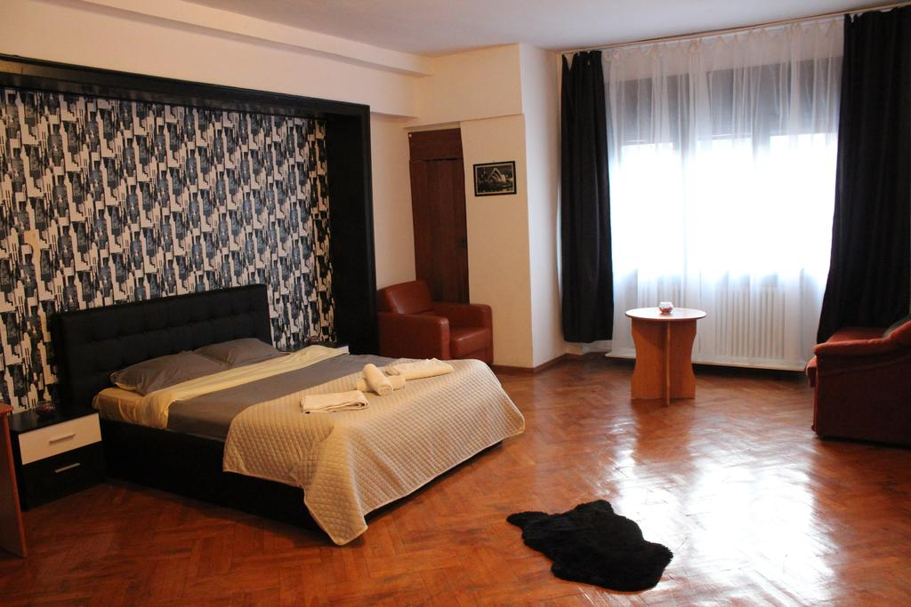 Luxury Room in Bucharest`s Center București