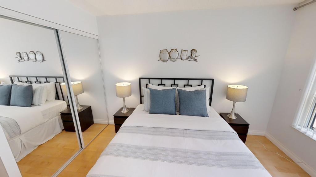 new in old town apartment 2 rooms with balcony București