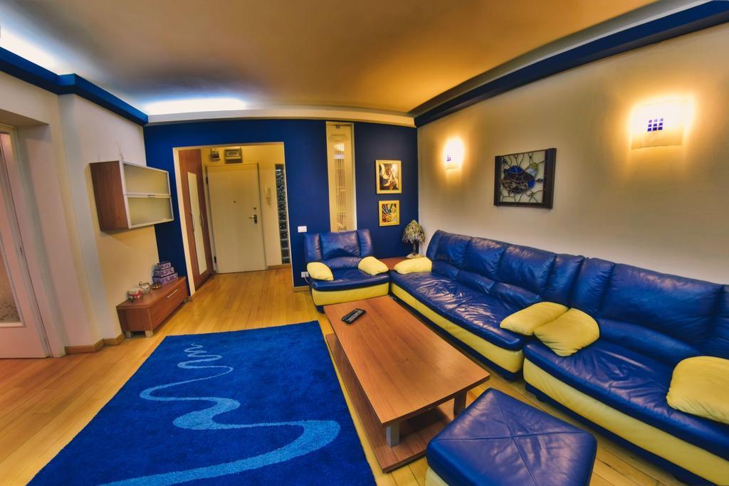 Nicole's Apartment București