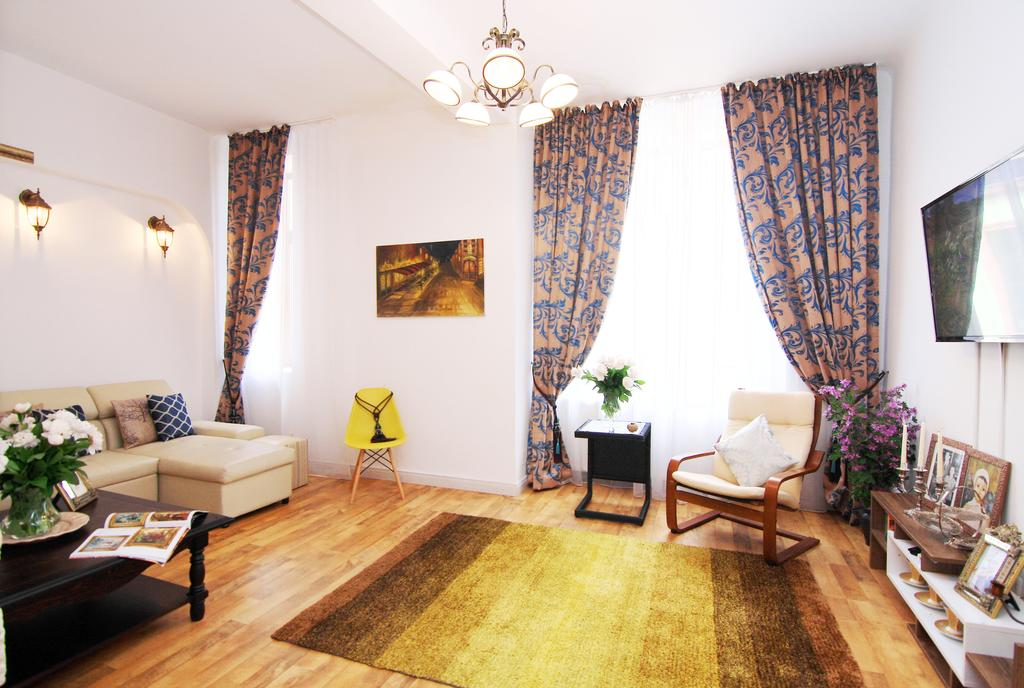 Old Princely Court 2Bd Apartment București