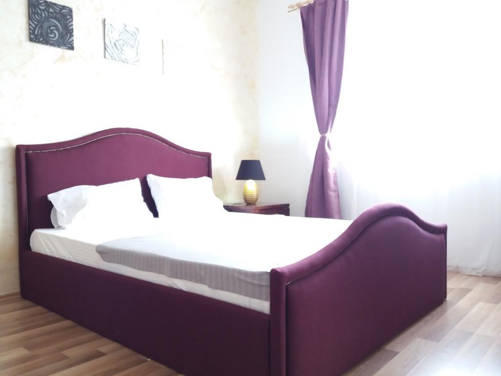 Platinum Rooms District 3 & 4 București