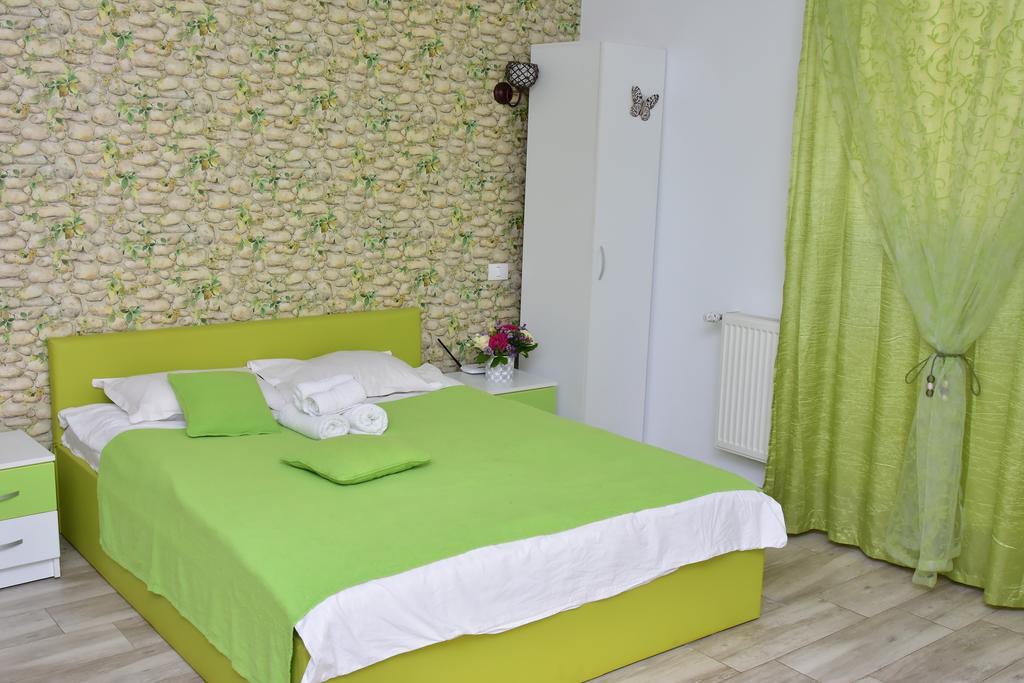 Studio Green București